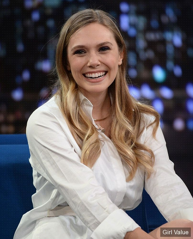 elizabeth olsen at late night with jimmy