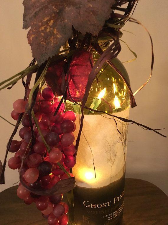 Luz de la botella de vino racimo por UnCorkdCrafts en Etsy