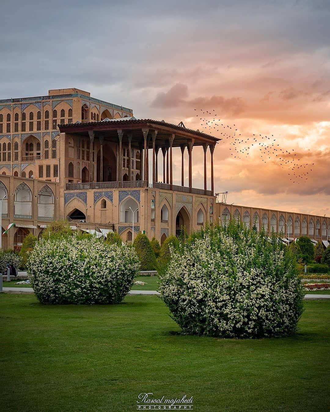 Ali Qaphu Palace Persian Architecture Iranian Architecture Iran Travel