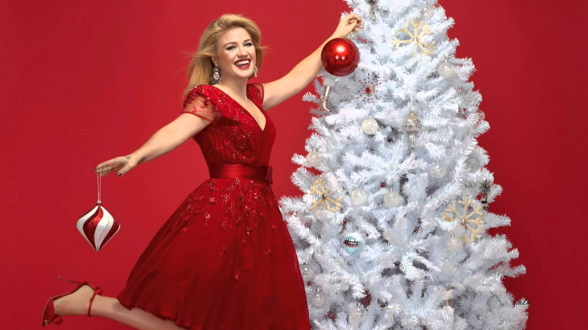 """Kelly Clarkson """"Wrapped In Red"""" (Full album) Kelly"""