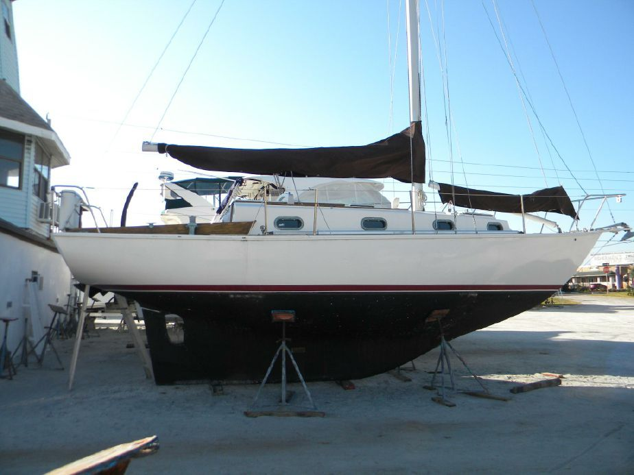 1981 Cape Dory 30 Sail Boat For Sale - www.yachtworld.com | Boat, Cool  boats, Sailing yacht