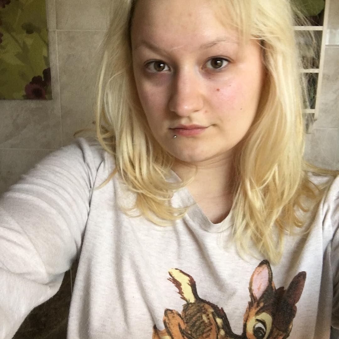 No shame with no makeup.  nofilter  nomakeup  blonde  selfie  morning   noshame  me  pajamas  disney  helloworld  pagansofinstagram   witchesofinstagram 7ed580434