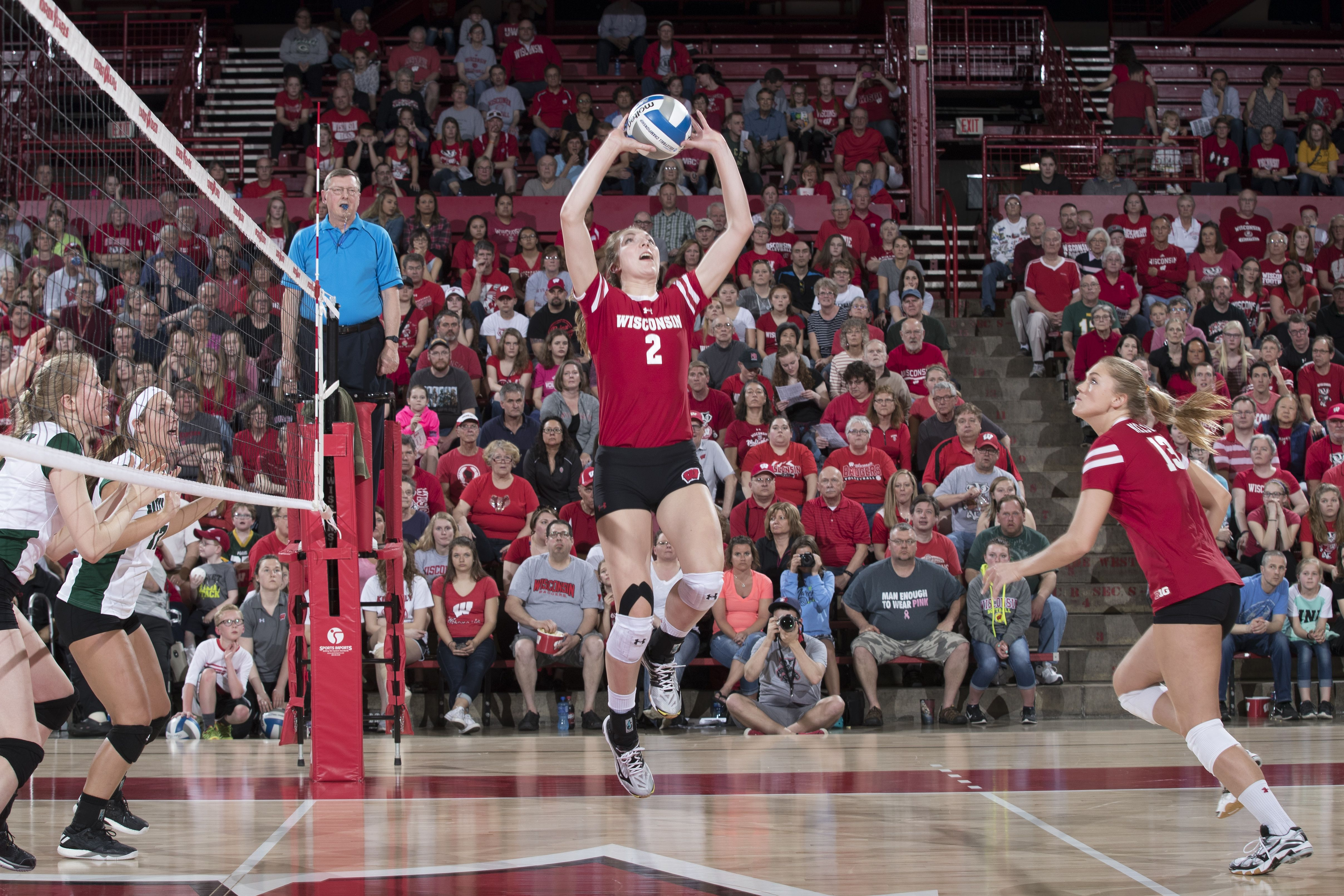 Texas Wisconsin Ucla Top Volleyballmag Com Top Recruiting Classes Volleyball News Tops Basketball Court