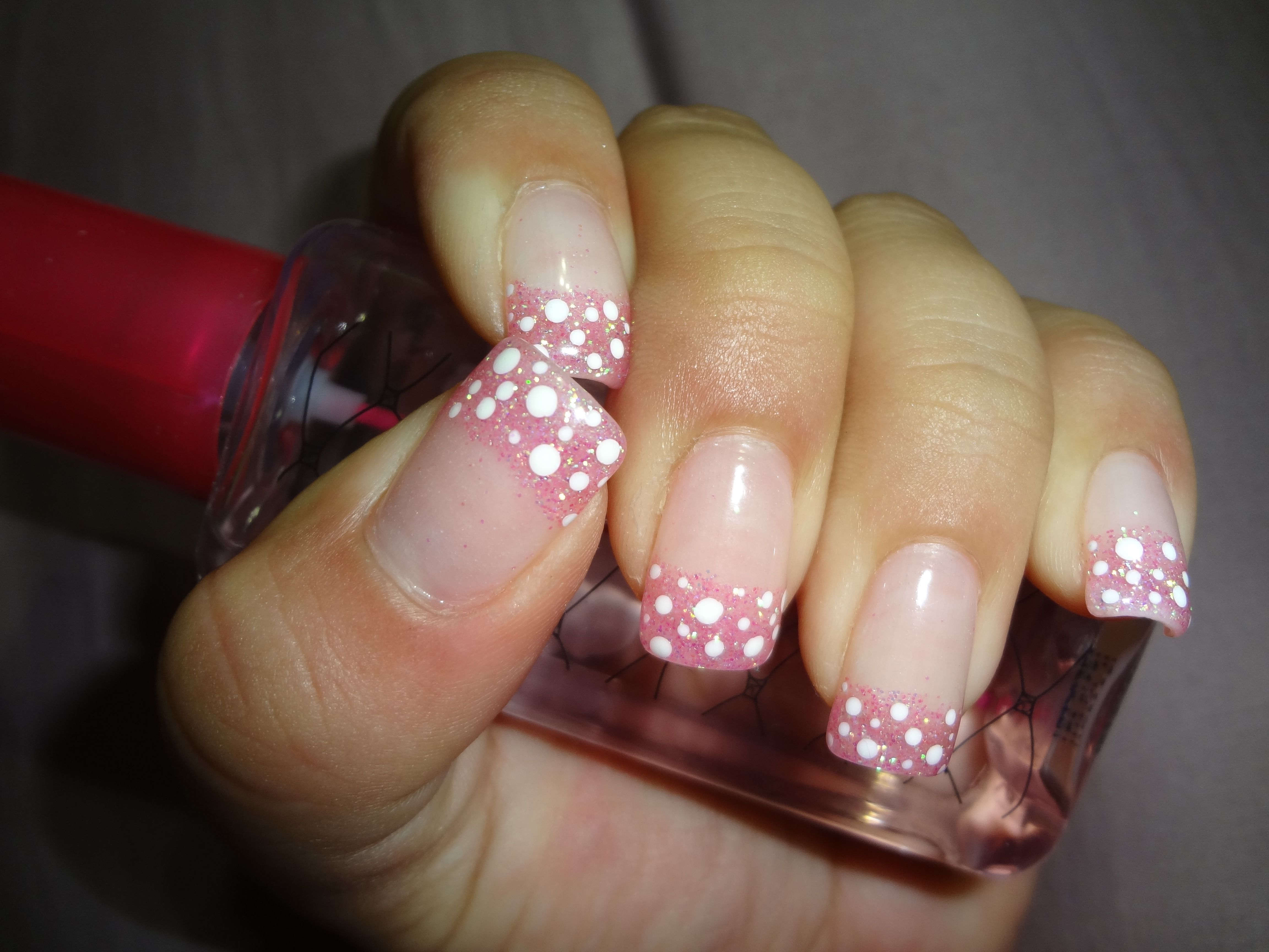 Silk Wrap - Tips dipped in acrylic powder and sealed with UV gel, then added polka dots, sealed with another layer of UV gel Nail Design