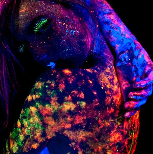 Cool Blacklight and UV Photography from Art London ...