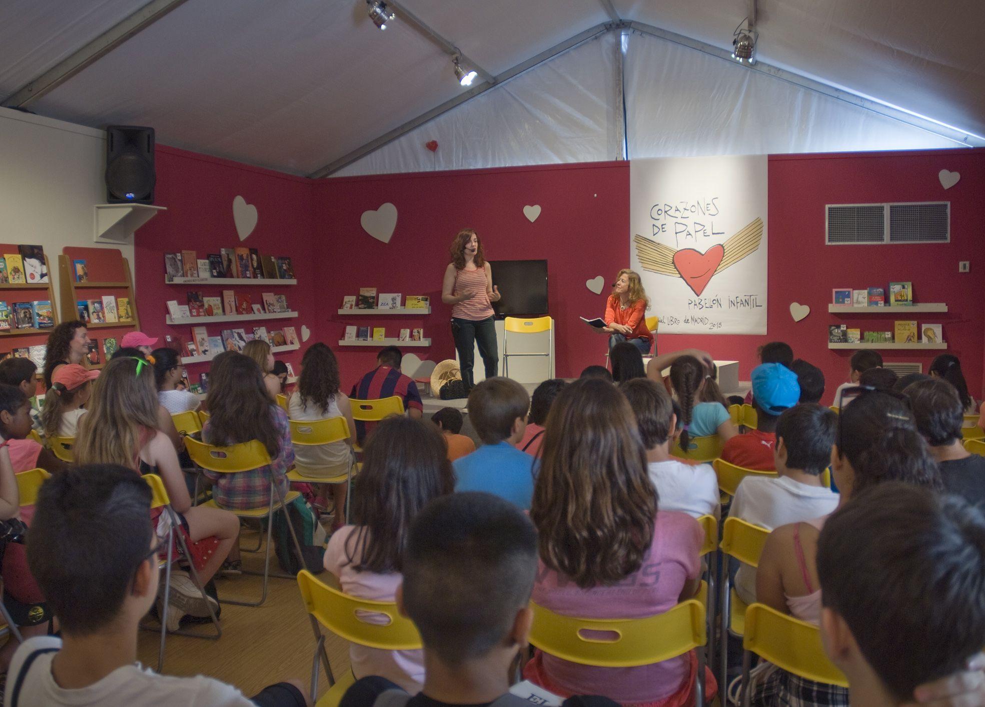 """05/06/15. Actividades en el Pabellón infantil """"Corazones de Papel"""". Foto © Jorge Aparicio/ FLM15"""