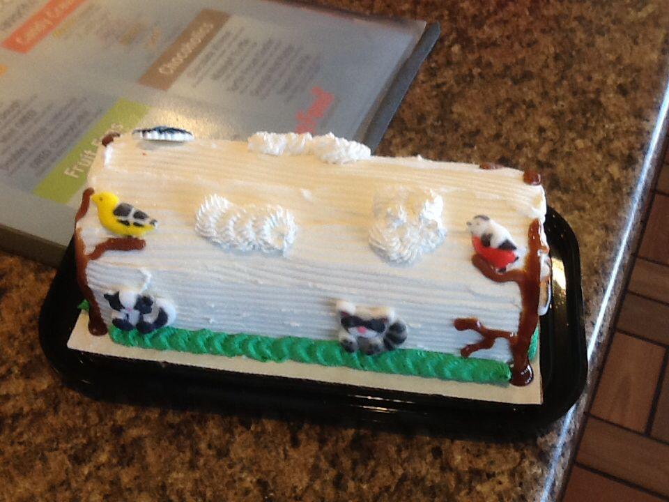Dq dairy queen cakeslog dairy queen cake log cake