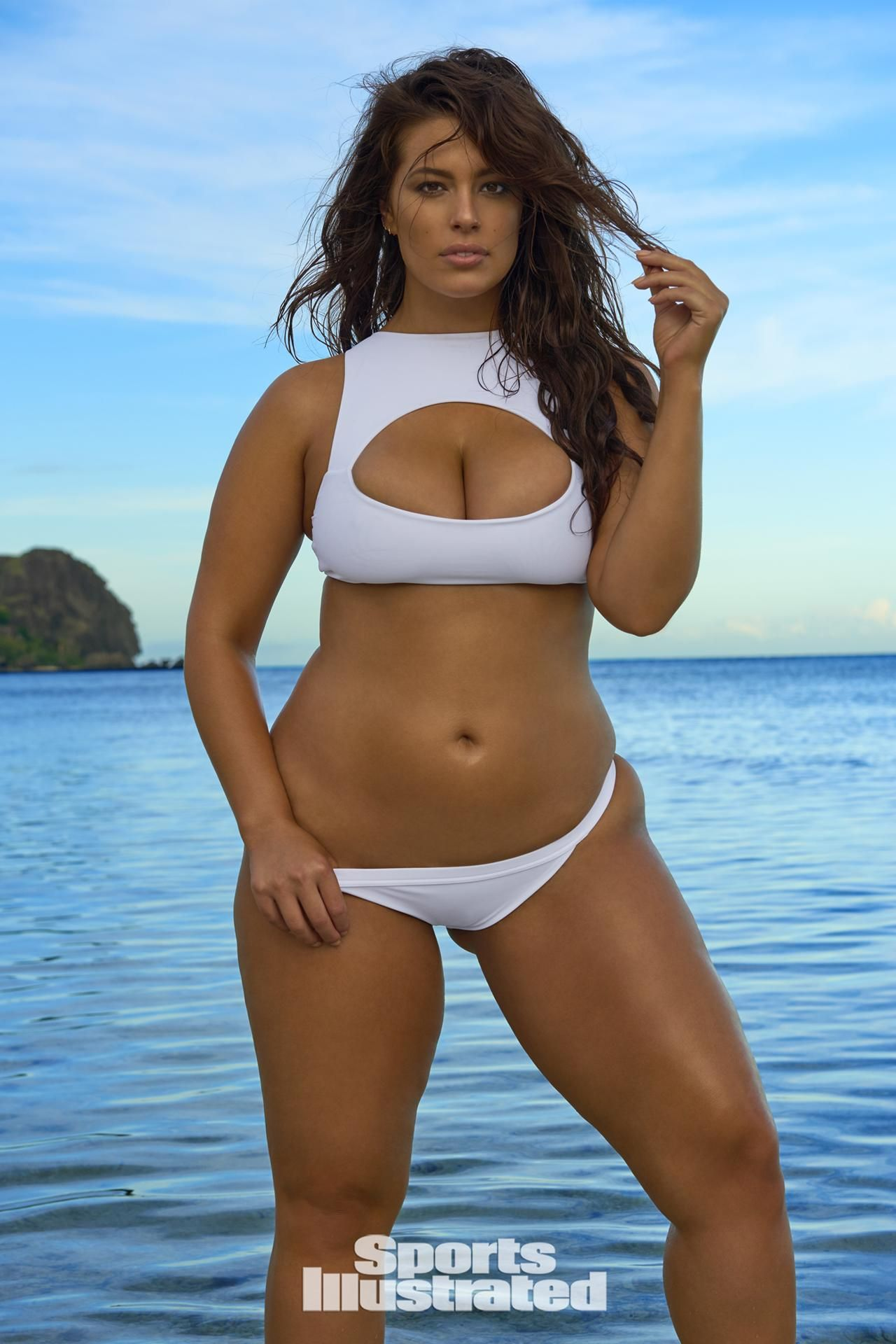 8729c529fa791 Ashley Graham was photographed by Yu Tsai in Fiji. Sports Illustrated  Swimsuit 2017