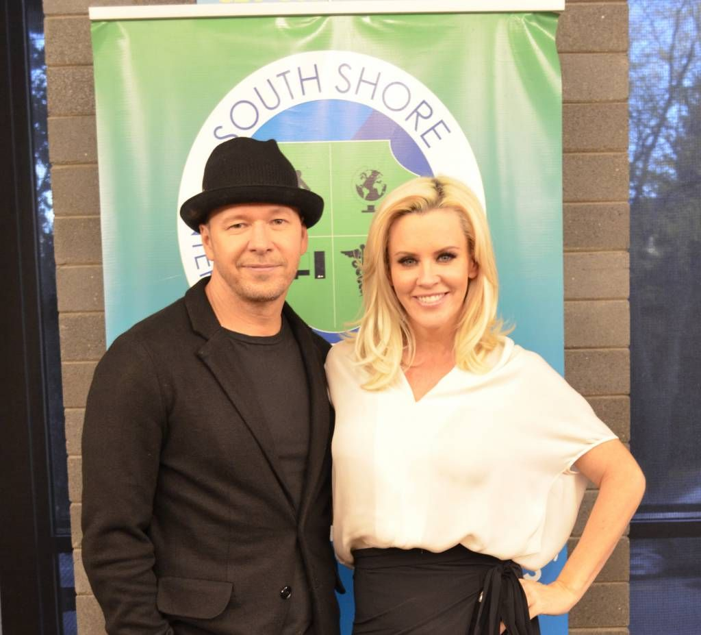Sunday Sitdown: Donnie Wahlberg is actor, singer, producer — now mentor - http://chicago.suntimes.com/news-chicago/7/71/1188590/sunday-sitdown-donnie-wahlberg-yes-loves-jenny-cares-inner-city-youth