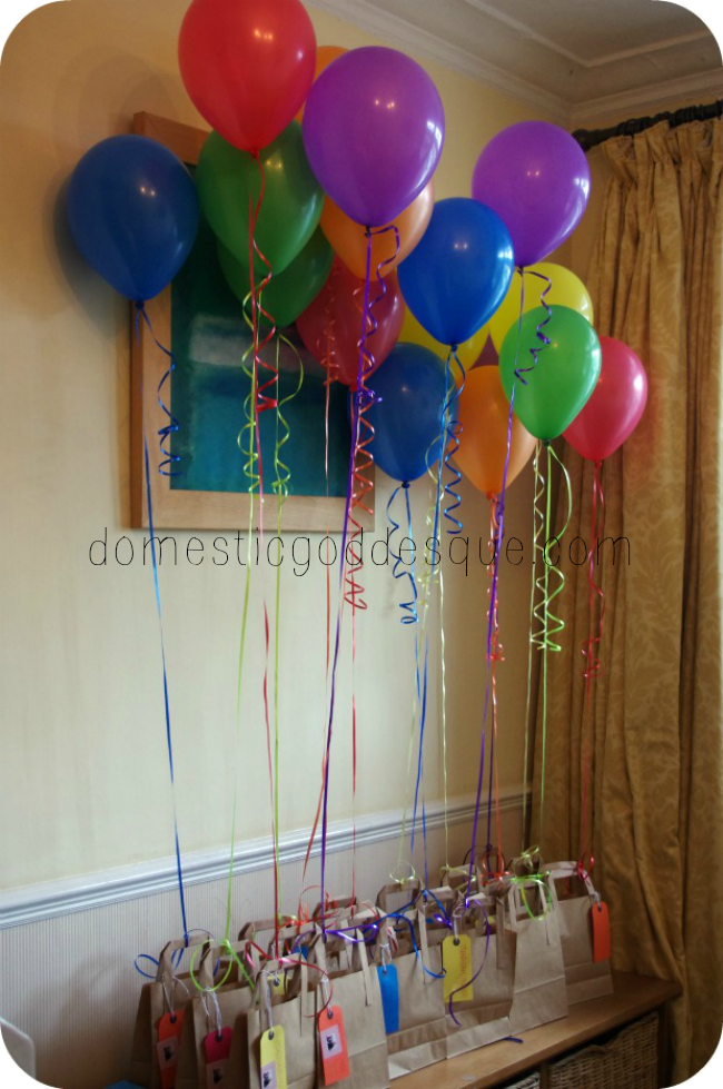 Last minute DIY balloon ideas Favor bags Favours and Balloon party