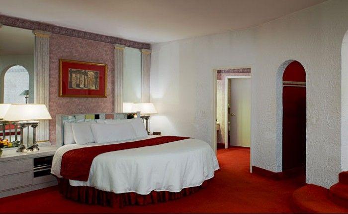 Poconos Rooms And Lodging Pocono Mountains Accommodations Suite Room Poconos