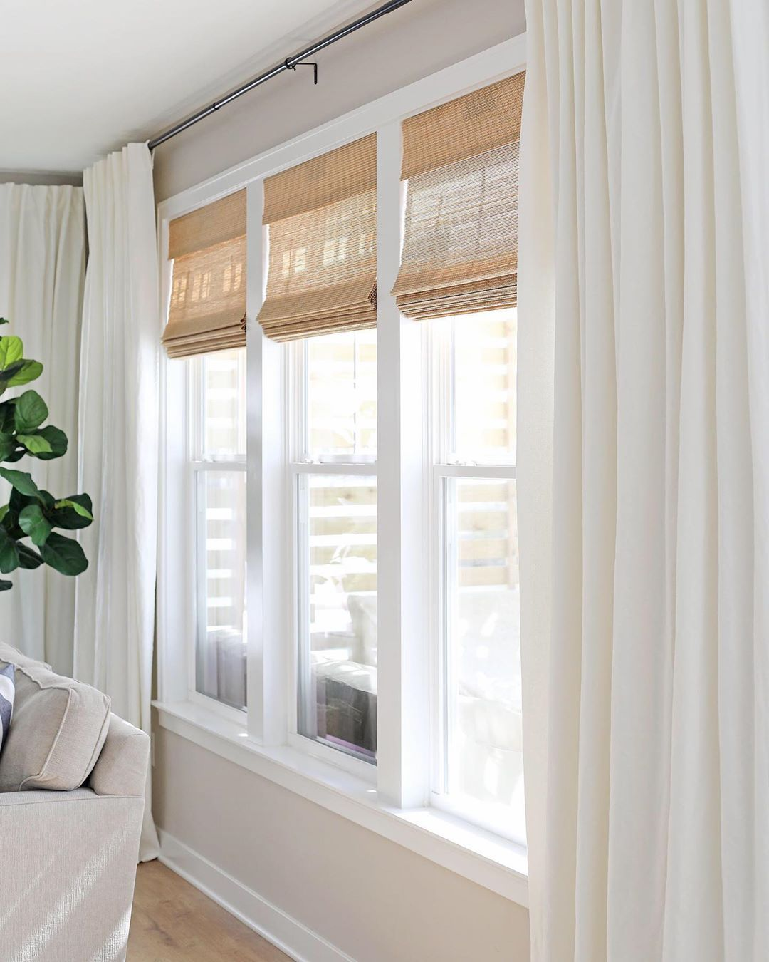 100 Stylish Window Treatments For Large Windows In A Modern Concept Big Windows Living Room Window Treatments Living Room Living Room Windows