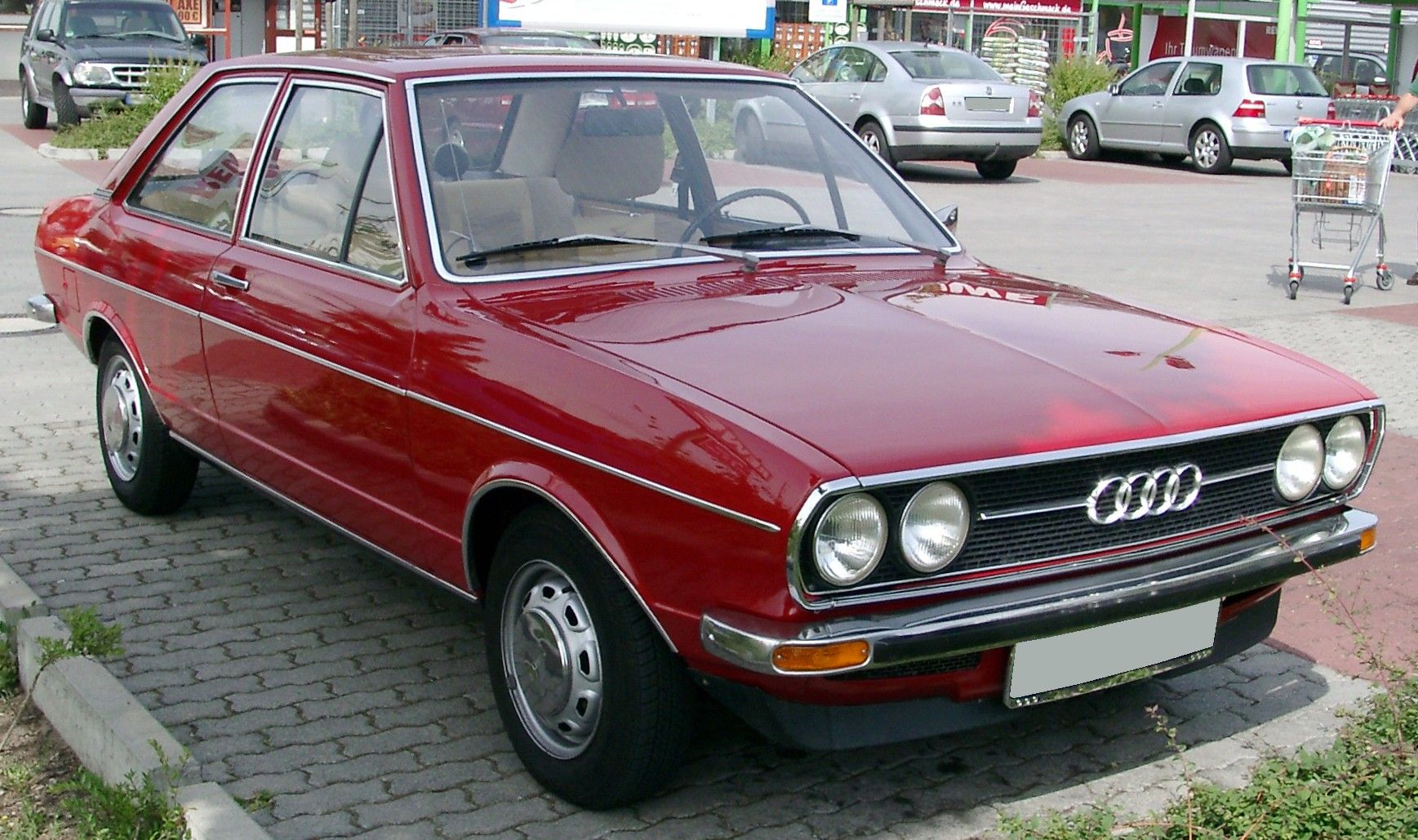 Audi 80 GL B1   My first car.