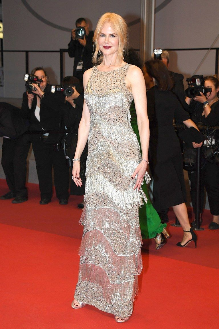 Cannes-Red-Carpet-Best-Dressed-2017-Day-8-ss01.jpg (768×1152)