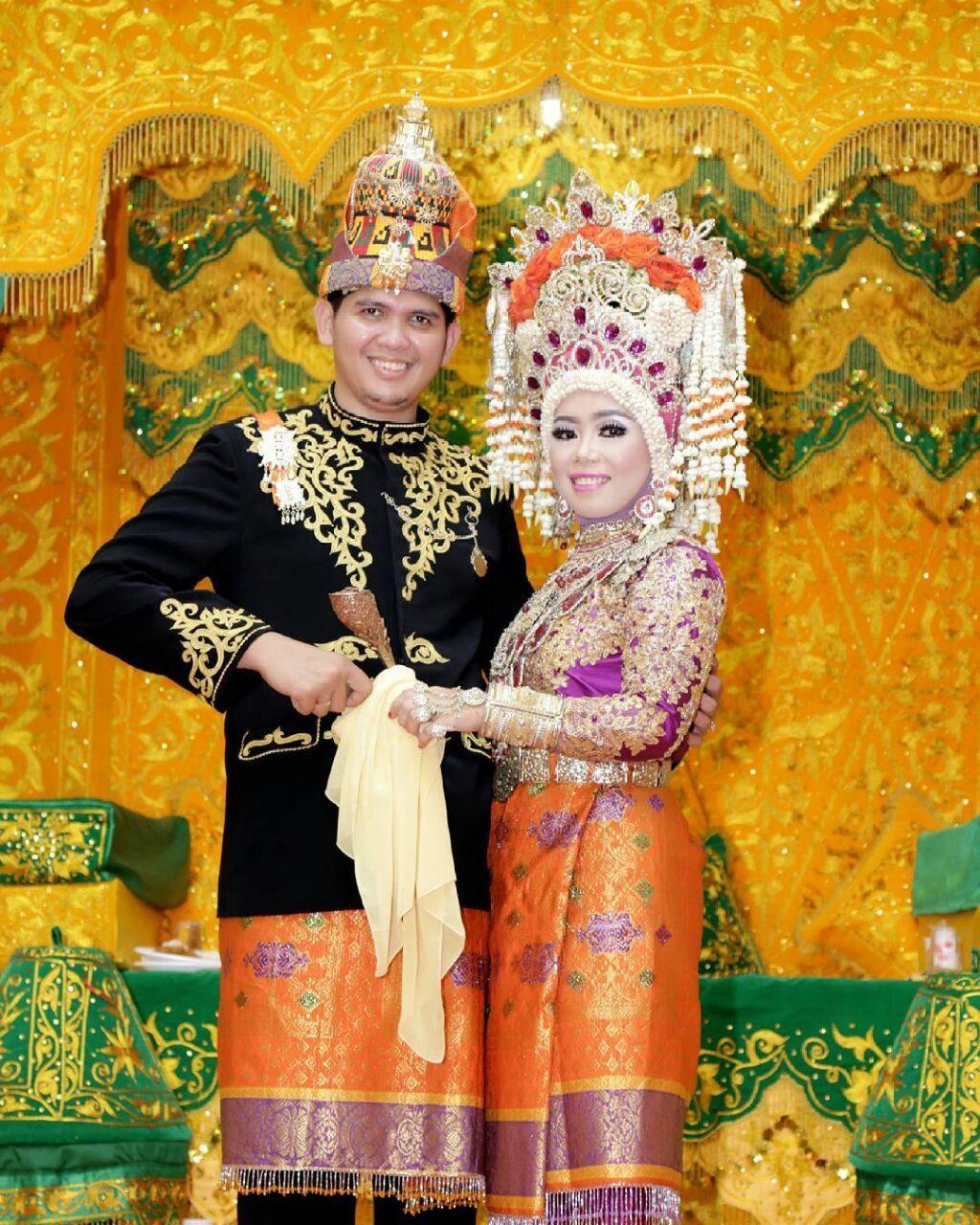 Pakaian Adat Aceh Baju Pengantin Aceh