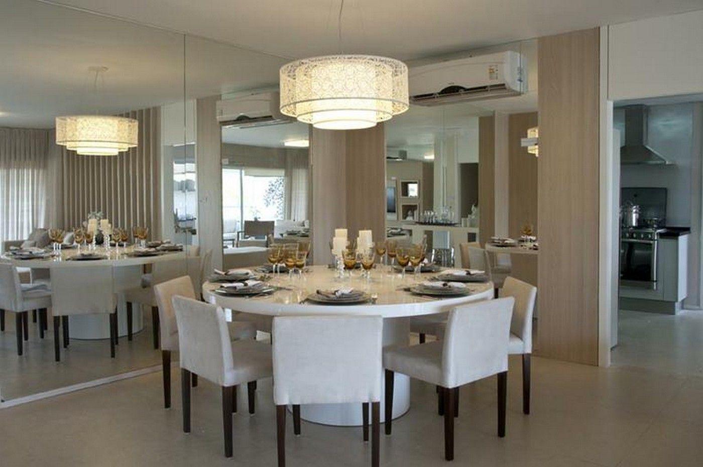 Sala de jantar com mesa redonda e espelhos   Inspiração para minha ...