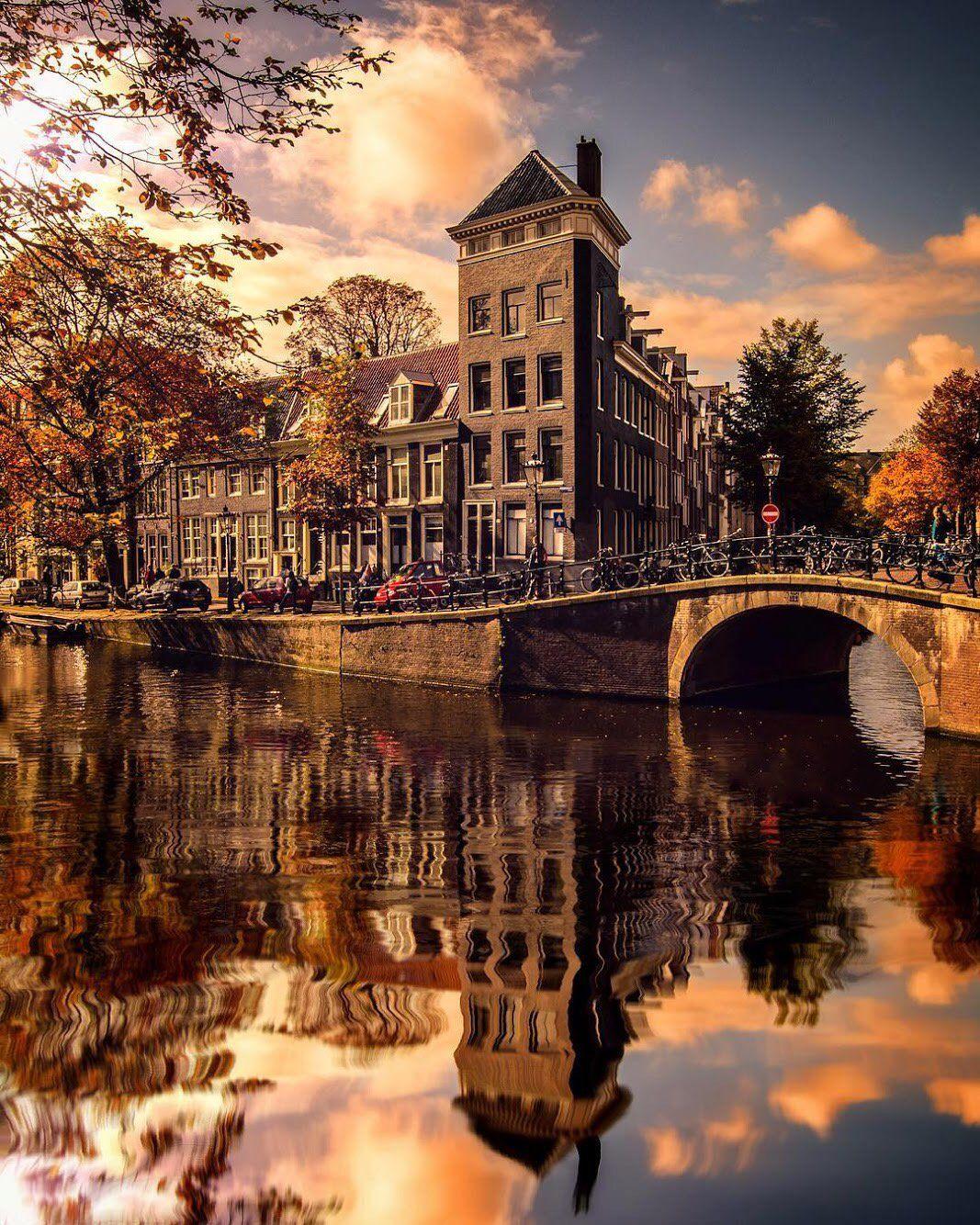 Amsterdam, Holland - Enzo Romano