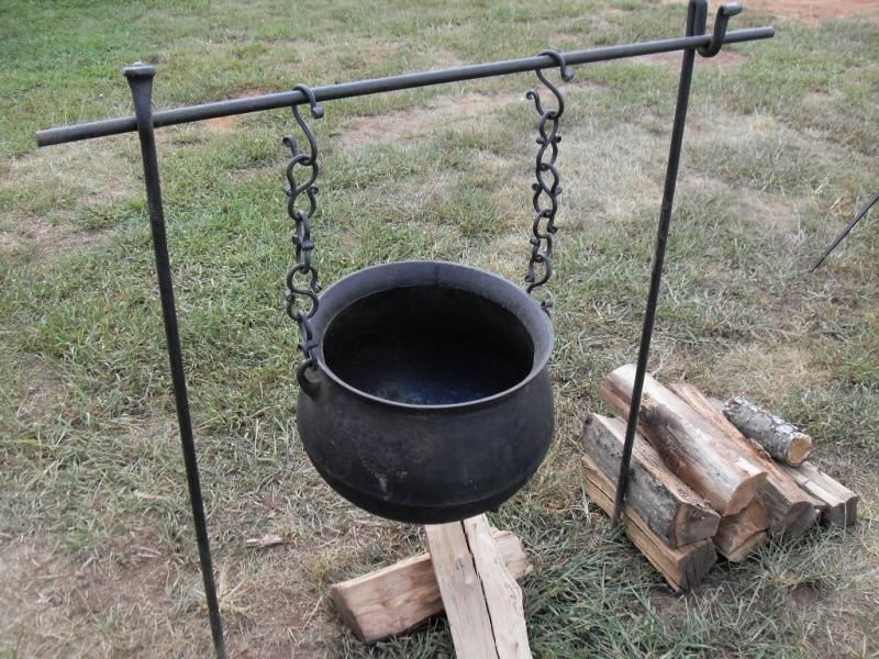 Pix For Cowboy Campfire Cooking Equipment