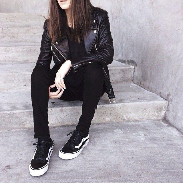 Jayne @stopitrightnow wearing her Blends x Vans Vault Old Skool Zip LX