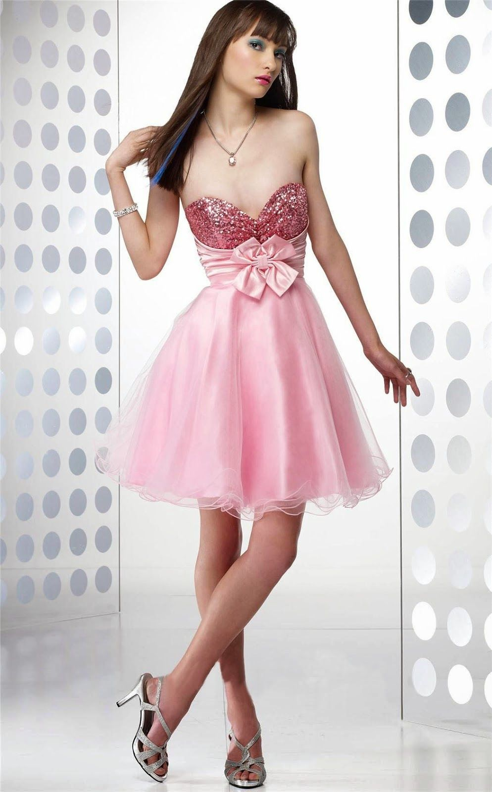 El nuevo color de la moda: Vestidos color rosado | Vestidos de Moda ...