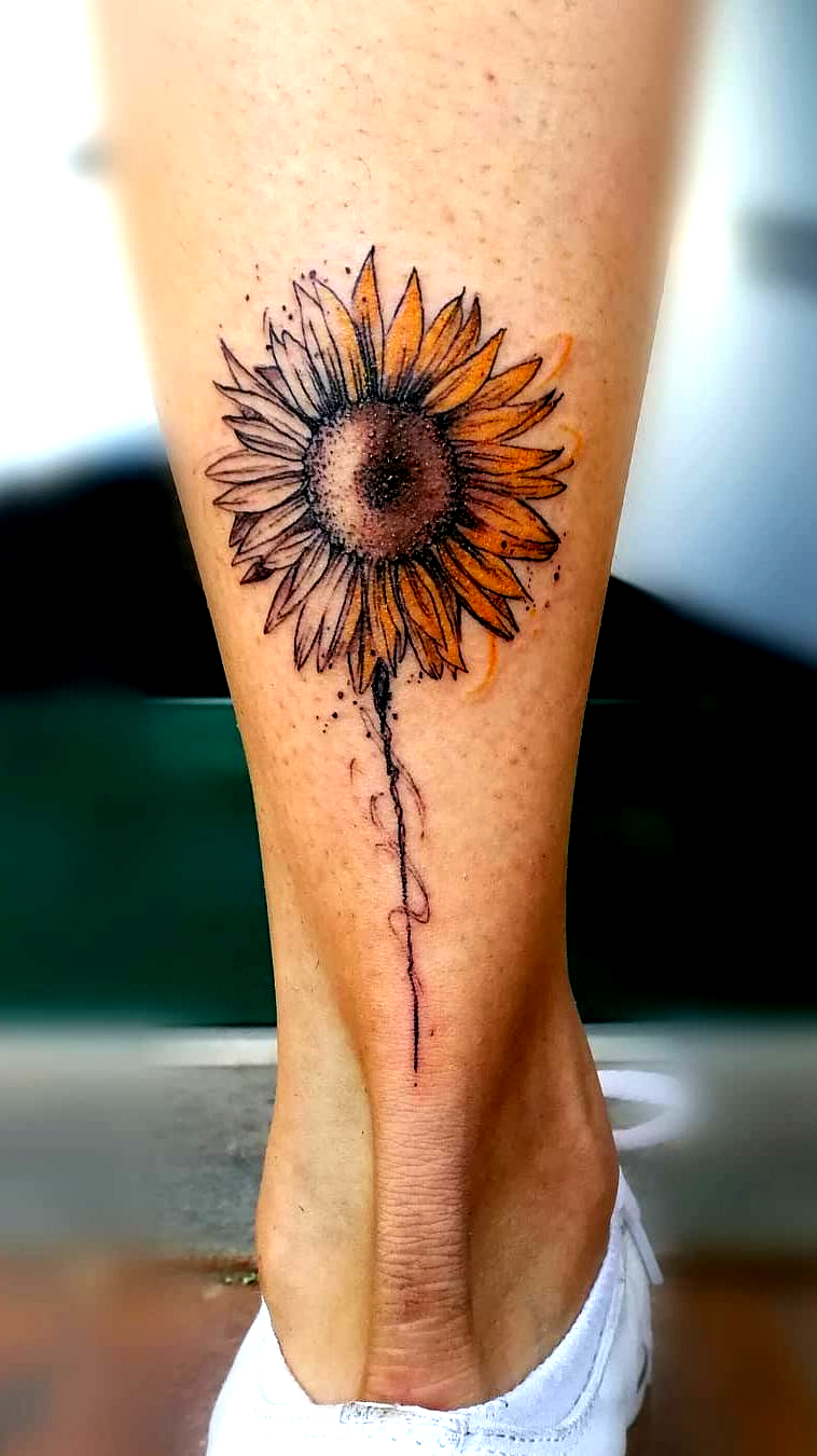 Photo of kreative Sonnenblume Tattoo © Tätowierer Wonder Women Ink 💓🌻💓🌻💓🌻💓