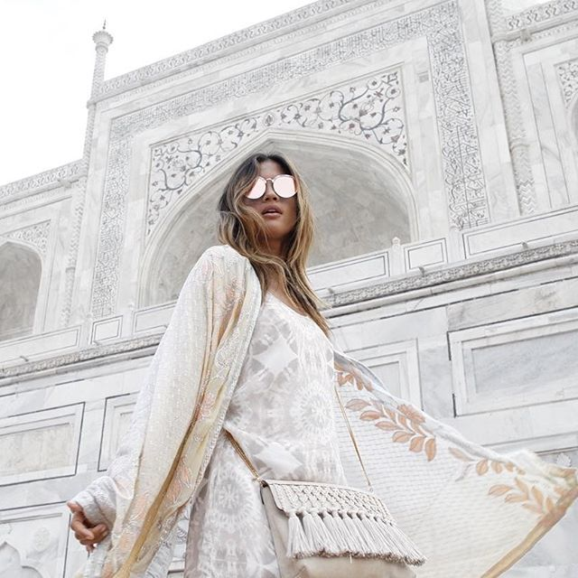 BoHo Beauty   Blending in at the Taj Mahal