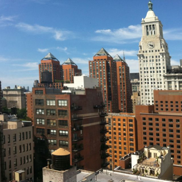The View From The Nyu Dorms Going To Be There This Fall Nyu Campus School Campus College Campus