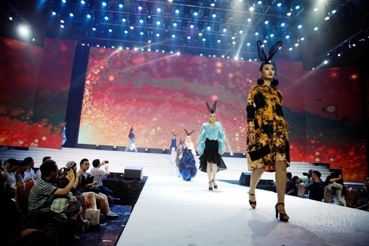 Limkokwing University S Graduating Diploma Fashion And Retail Design Students Graced The Stylish And Glit College Fashion Summer Student Fashion Preppy Summer