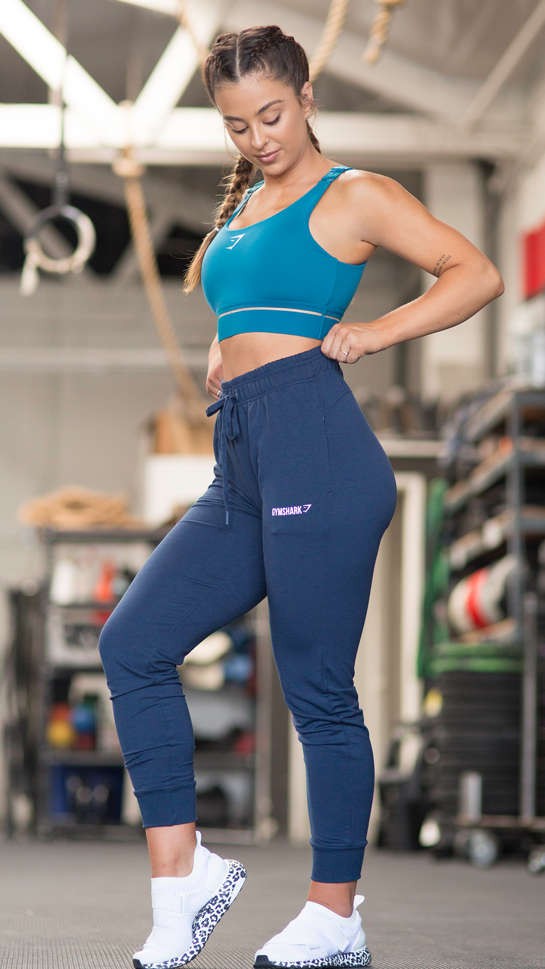 440d8d32a5900 With matching tones, you'll feel fresh and stylish in our Embody Sports  Bra. #Gymshark #OutfitInspiration #Workout #Fitness #Blue #HighWaisted  #Joggers
