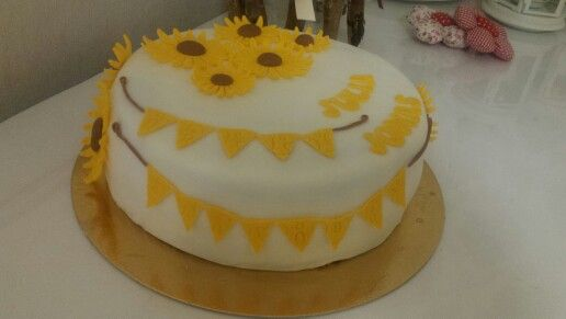 Sonnenblumen Geburtstags Fondant Torte
