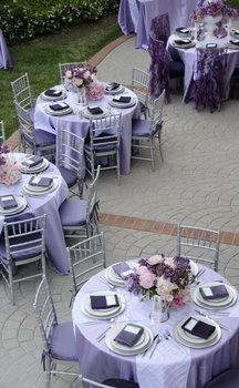 purple and gray table settings lavendar with dark gray and dark purple napkins? & Photo via | Table settings Dark purple and Napkins