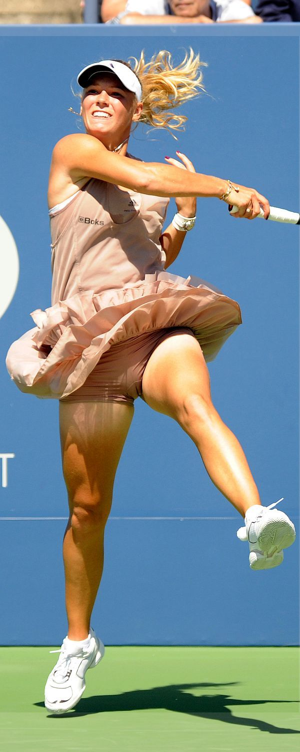 There's Free celeb upskirt tennis what