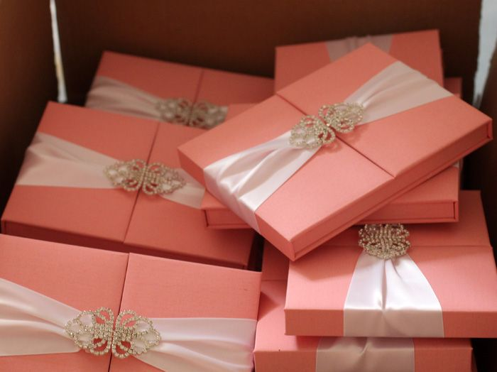 Top Quality Luxury Romantic Pink Silk Box Wedding Invitations Wholesale