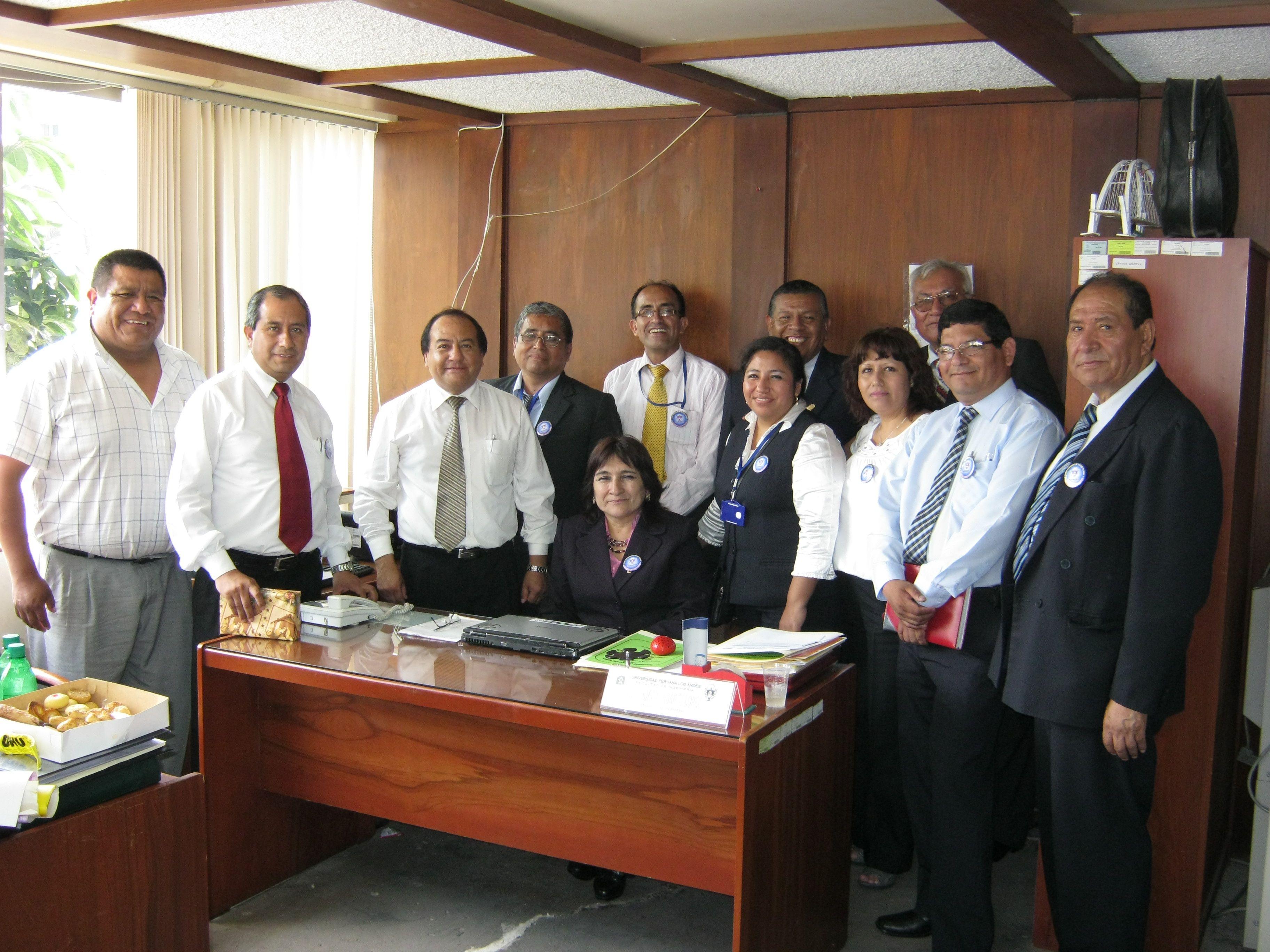 Ingenieros de la Universidad Peruana Los Andes - Filia Lima  Jr. Jazmines 555 - Linces
