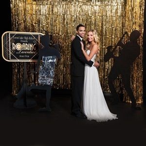 Prop Kit A Great Way To Enhance Any Roaring Or Gatsby Prom Homecoming Theme Use This As Fun Photo Backdrop Grand March Decoration