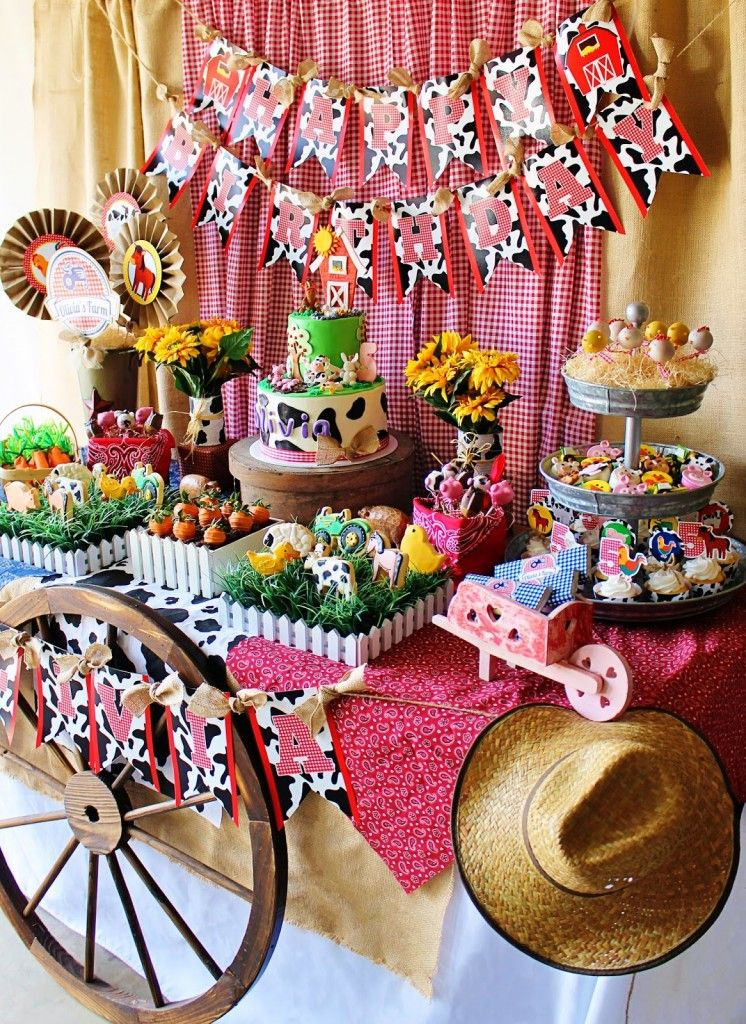 Cute Farm Party Farm Animal Baby Shower Ideas Tablescape