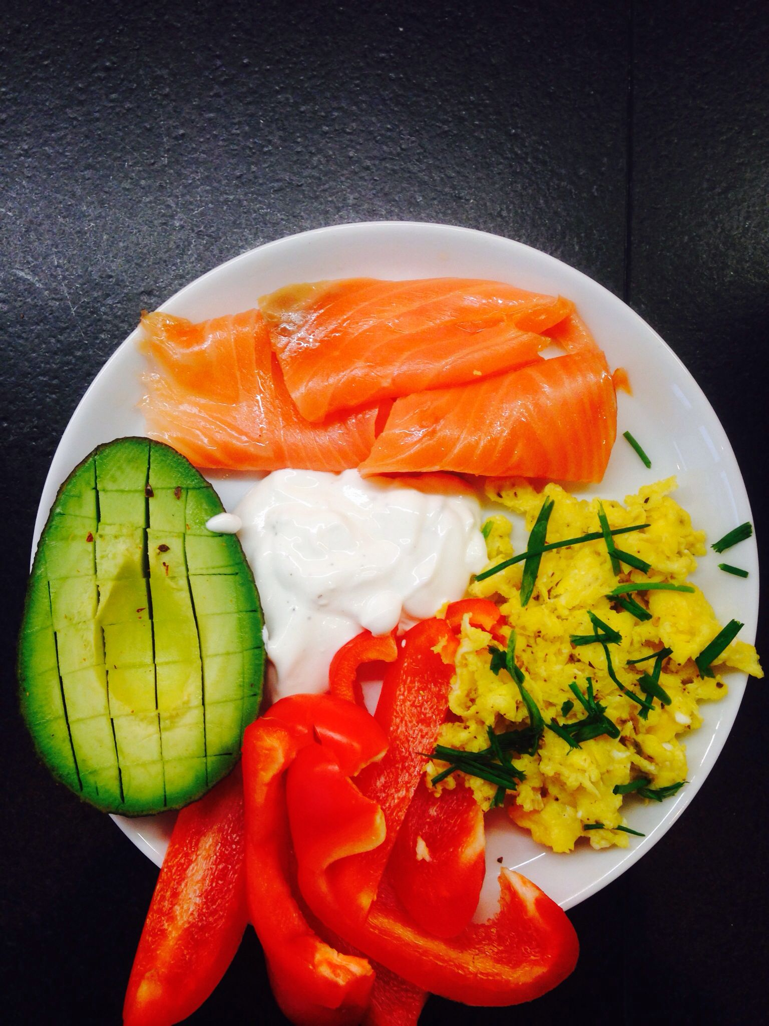 Great breakfast - no Carbs - Avocado salmon pepper eggs! Love
