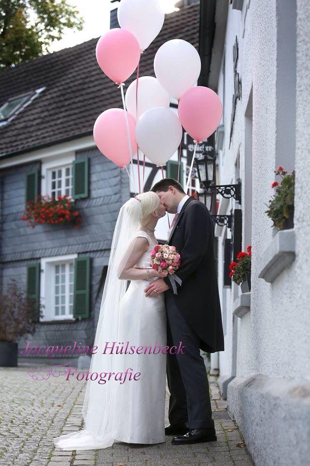 Die beste Fotos macht JacquelineHülsenbeckFotografie ❤️❤️❤️! Es war so eine wunderbare Hochzeit!