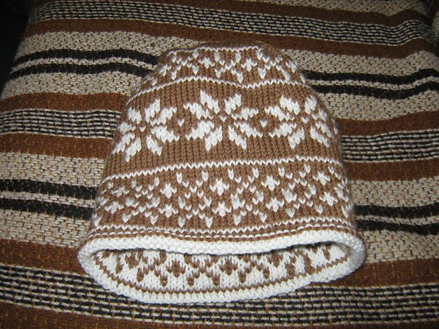 Reversible Fornicating Reindeer Lined Beanie For K2 About 210 Yds