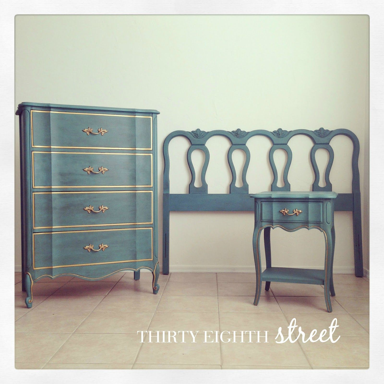 The Melinda Bedroom Collection | Blue chalk paint, Painting ...