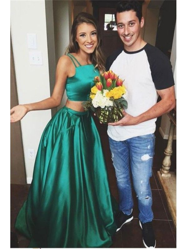 Emerald Green Two Piece Prom Dress With Straps Womens Fashion