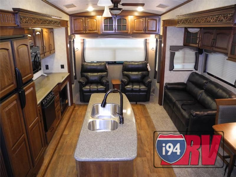 Keystone Montana 3155RL Luxury Fifth Wheel RV 5th Wheel Interior