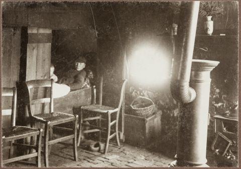 Interieur plaggenhut met bedsteden 1 hollande nederland for Interieur 1900