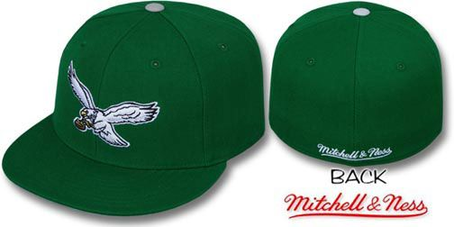 048dd29c4f8 Eagles CLASSIC THROWBACK Green Fitted Hat by Mitchell