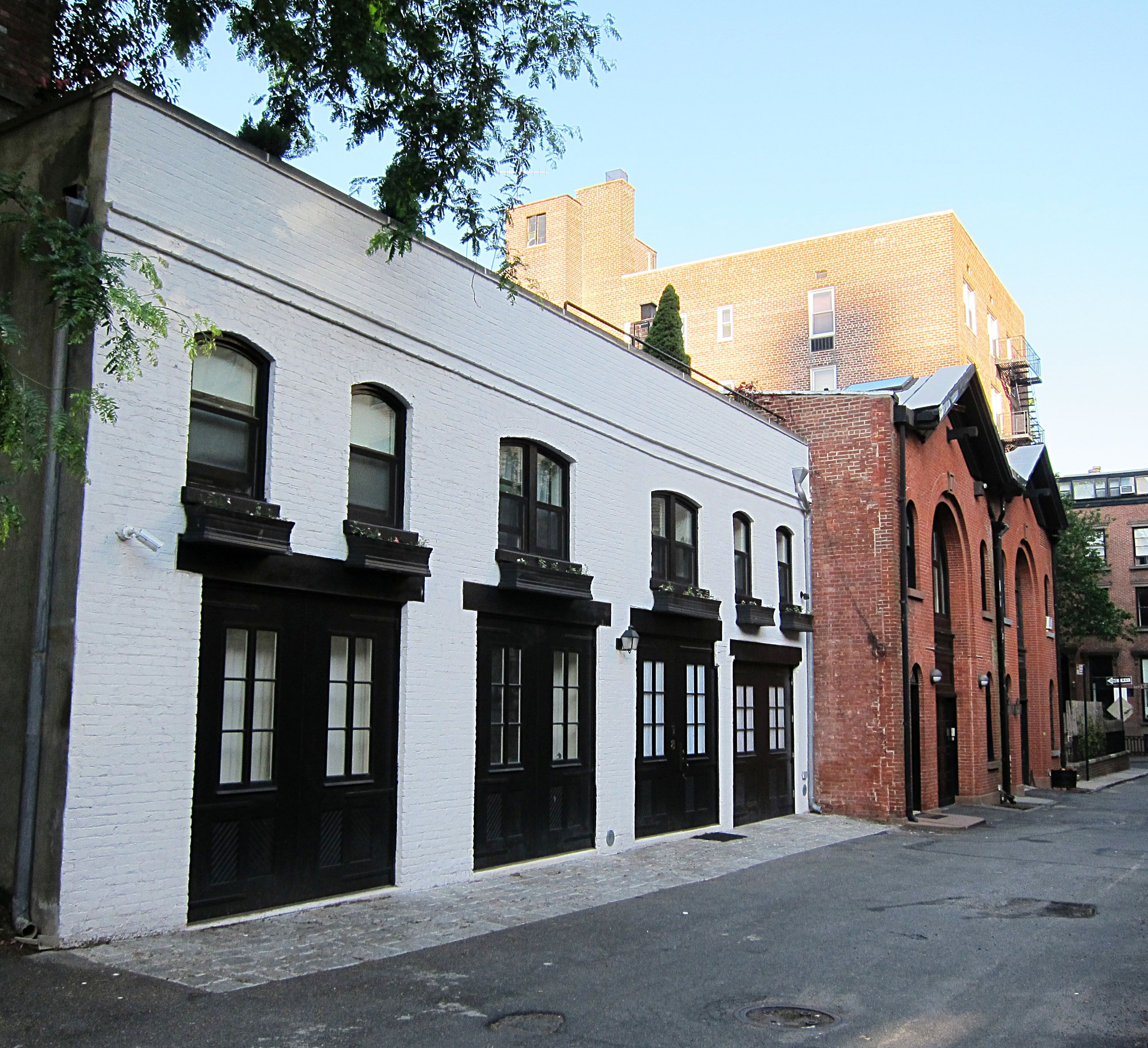 Carriage House, Mews House, Warehouse