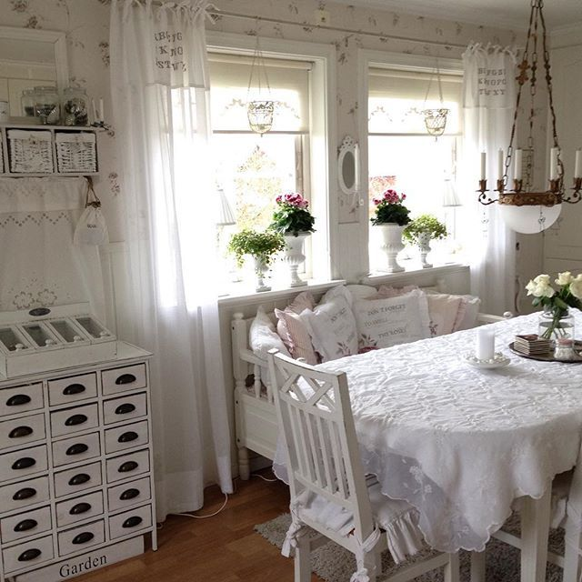 rideaux style cottage gallery of bedroom vacation rental cottage in rideau lakes region lake. Black Bedroom Furniture Sets. Home Design Ideas