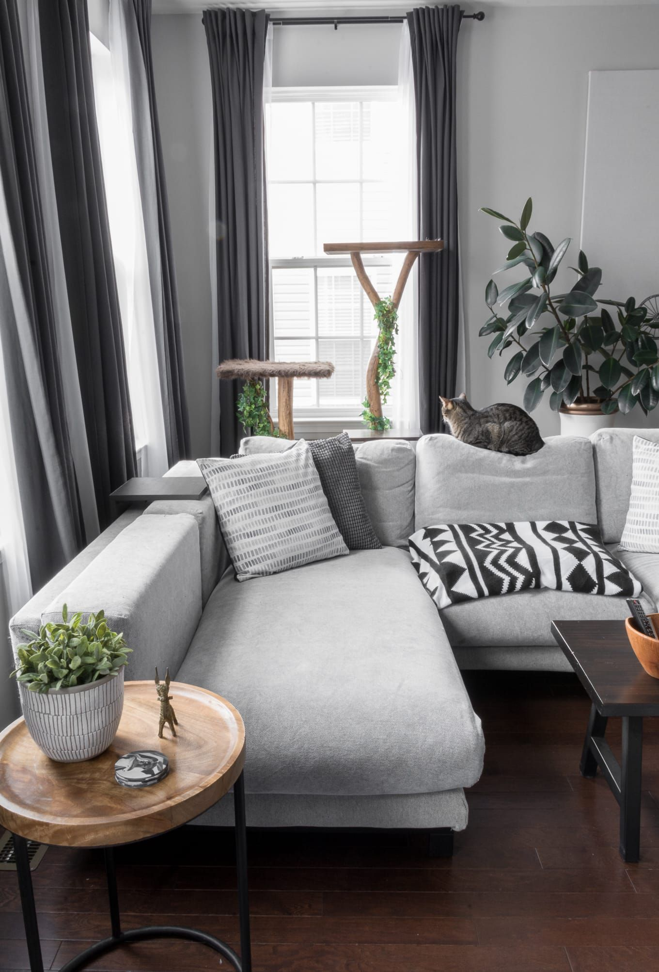 Modern Minimal Townhome For A Family Of Three And Two Cats Townhome Living Room Townhouse Decorating Minimal Apartment Decor