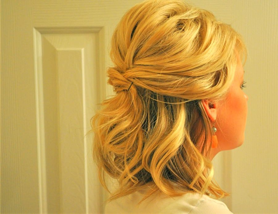Half Updo For Short Hair Google Search Short Hair Lengths Short Wedding Hair Up Dos For Medium Hair