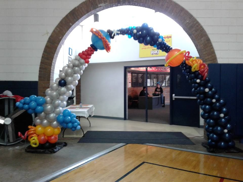 Space Themed Balloon Arch This Arch Was Inspired By Balloon Art By