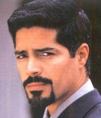 Celebrity Heights Esai Morales Height Esai Morales Hispanic Men Handsome Actors